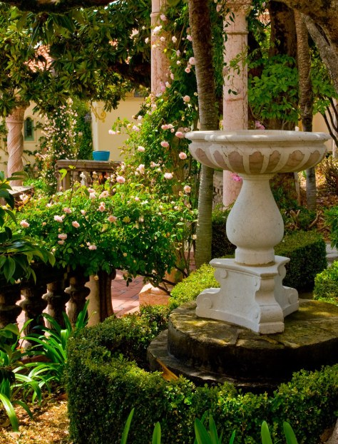 1422_1hearstcastle_garden5